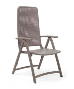 Poltrona serie Nardi modello Darsena, colorazione tortora. Con braccioli e schienale reclinabile