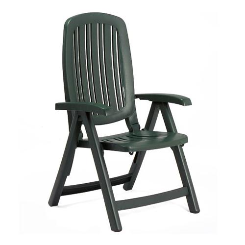 Sedia linea Nardi modello Salina in colorazione verde Foresta, con braccioli e schiena pieghevole