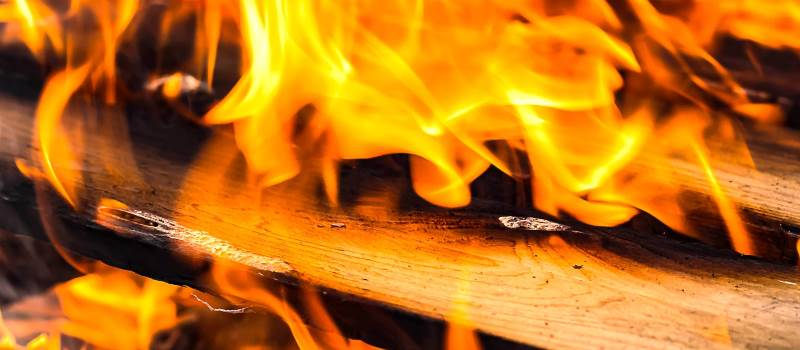 Pulizia e manutenzione della stufa a legna
