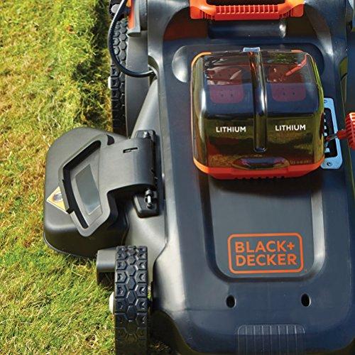 Rasaerba a batteria black & decker 54v dettaglio batterie in funzione