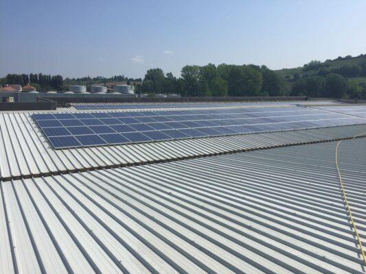 brichome tetto pannelli fotovoltaici