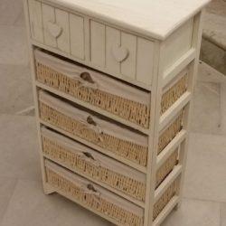 Mobiletto in legno Cuore con 2 cassetti e 4 cesti.
